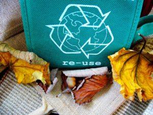 Opłata recyklingowa za torbę foliową w gastronomii